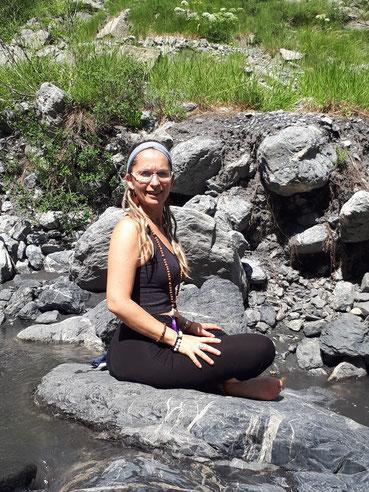 Carole yoga callas proche gites provence var