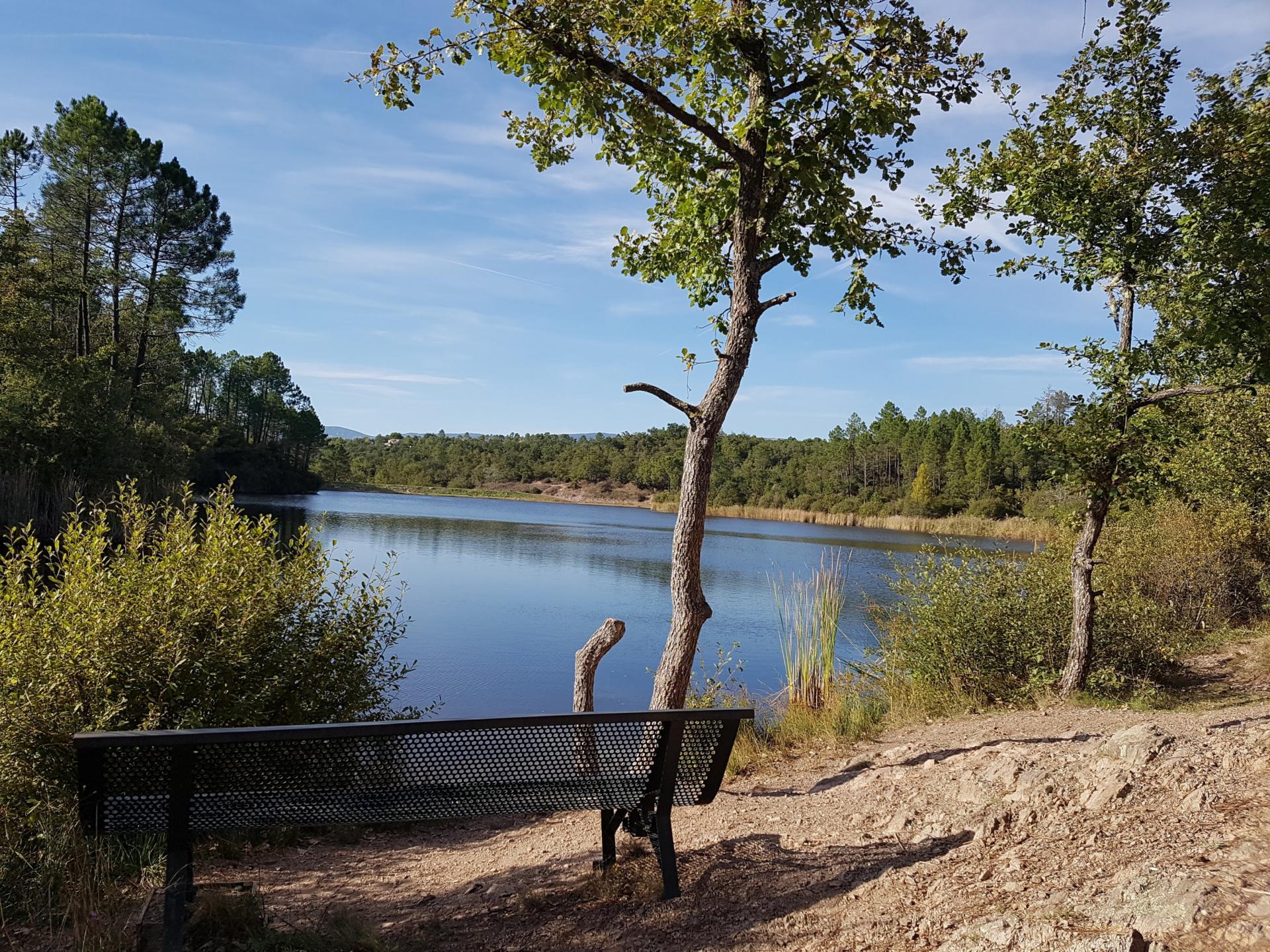 Lac du rioutard saint paul en foret gorges du verdon sejour provence 11